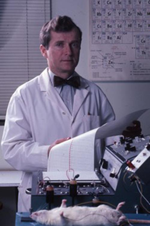 Klevay recording an electrocardiogram on a rat in 1984 at the USDA Human Nutrition Research Center.