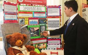 Joaquin Haces-Garcia, Broadcom Masters 2016 demonstrating at his display board