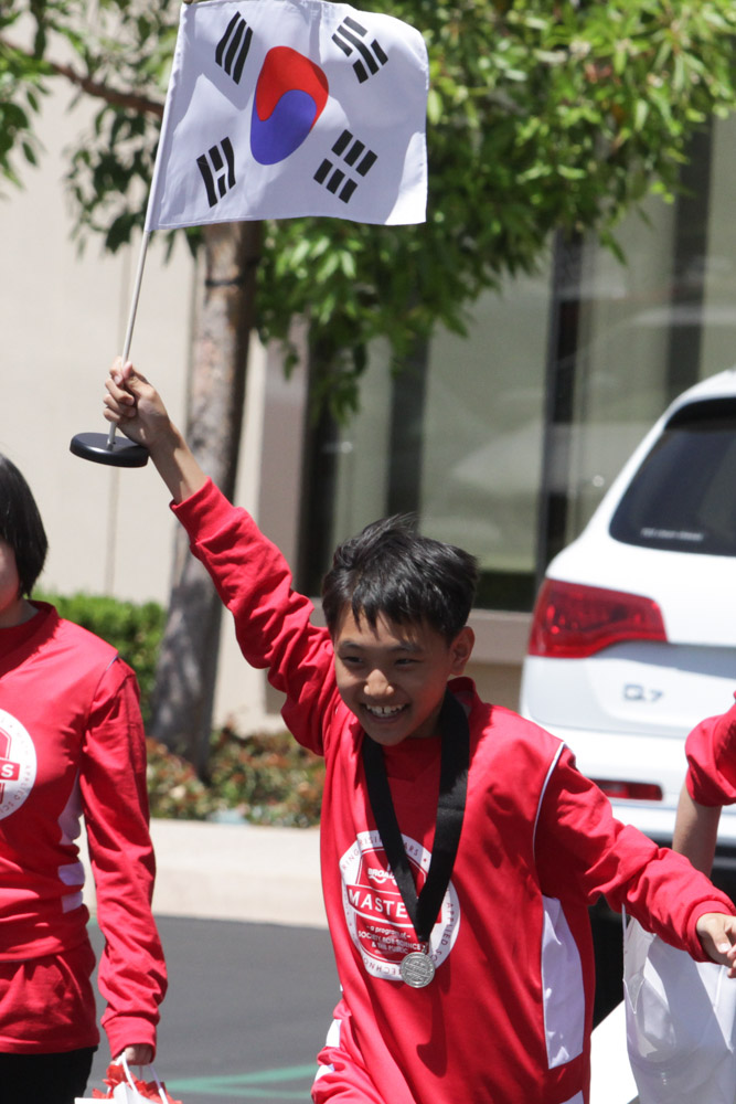 Junmo Lee of South Korea waving his flag.