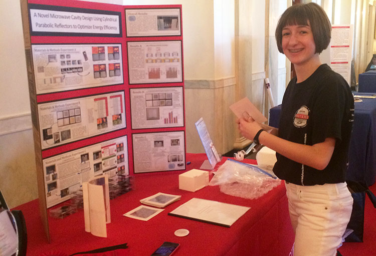 Annie set up her project board at the 2016 White House Science Fair. PHOTO COURTESY OF SOCIETY FOR SCIENCE & THE PUBLIC.
