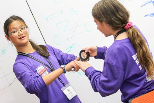 Jessie Gan and Sara Kaufman worked together on the purple team in Broadcom MASTERS 2017.