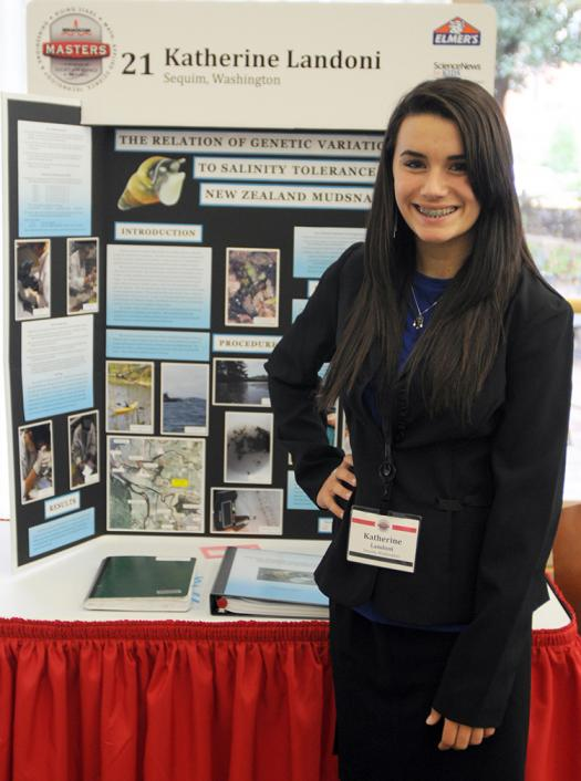 Katherine presents her research at Broadcom MASTERS 2011.