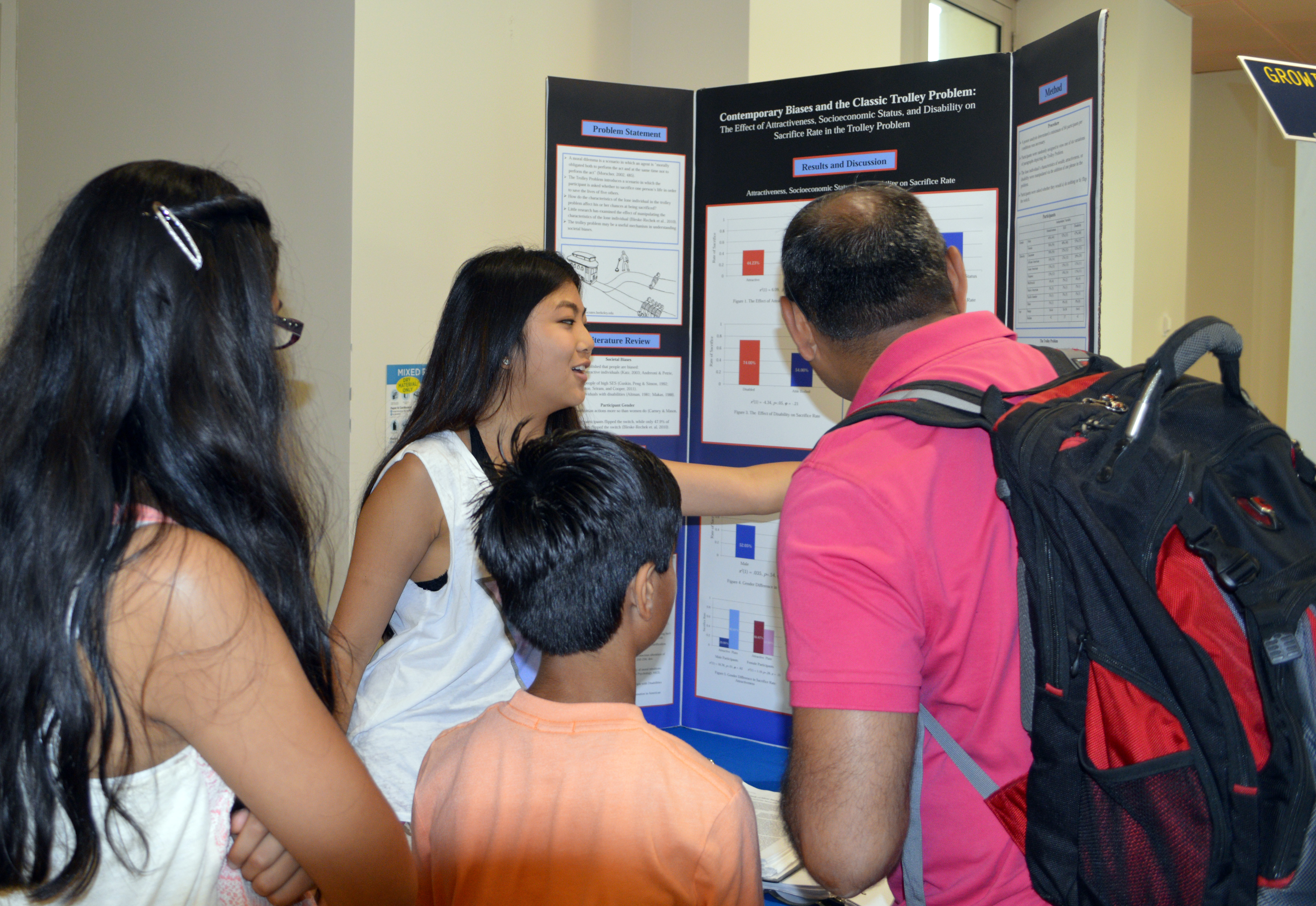 Tiffany Sun shares her behavioral science research with passersby.