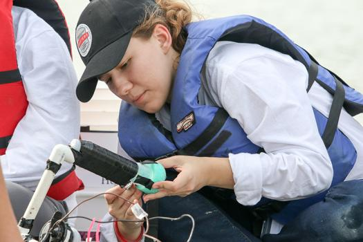 Helen Lyons worked on her team's ROV during a challenge in Broadcom MASTERS 2017.
