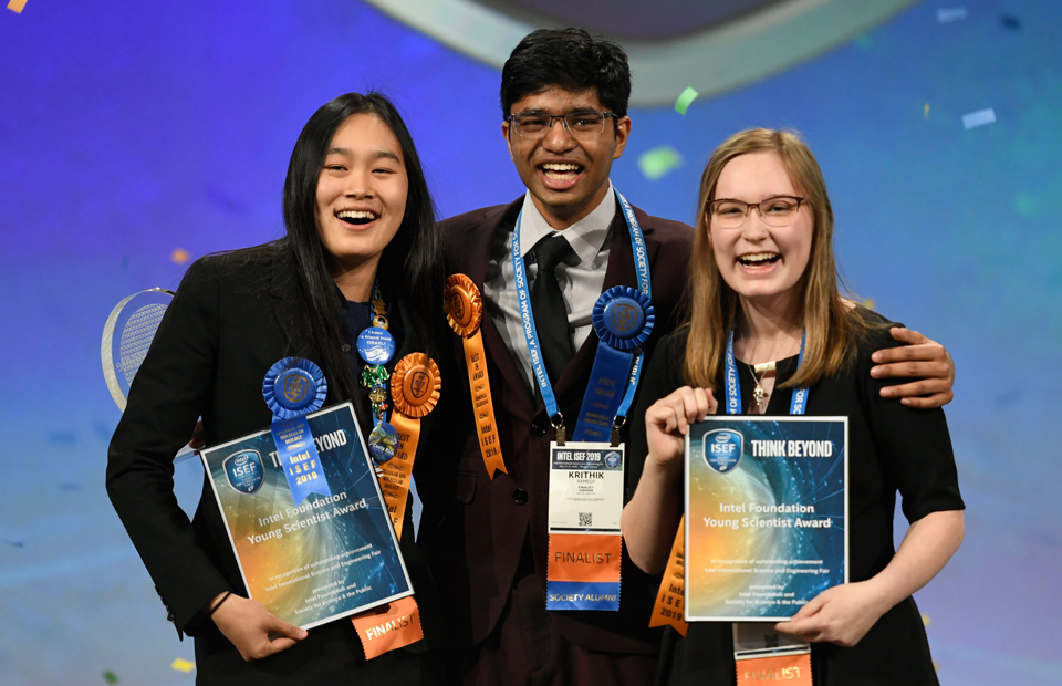 ISEF 2019 Top Award winners on stage with awards