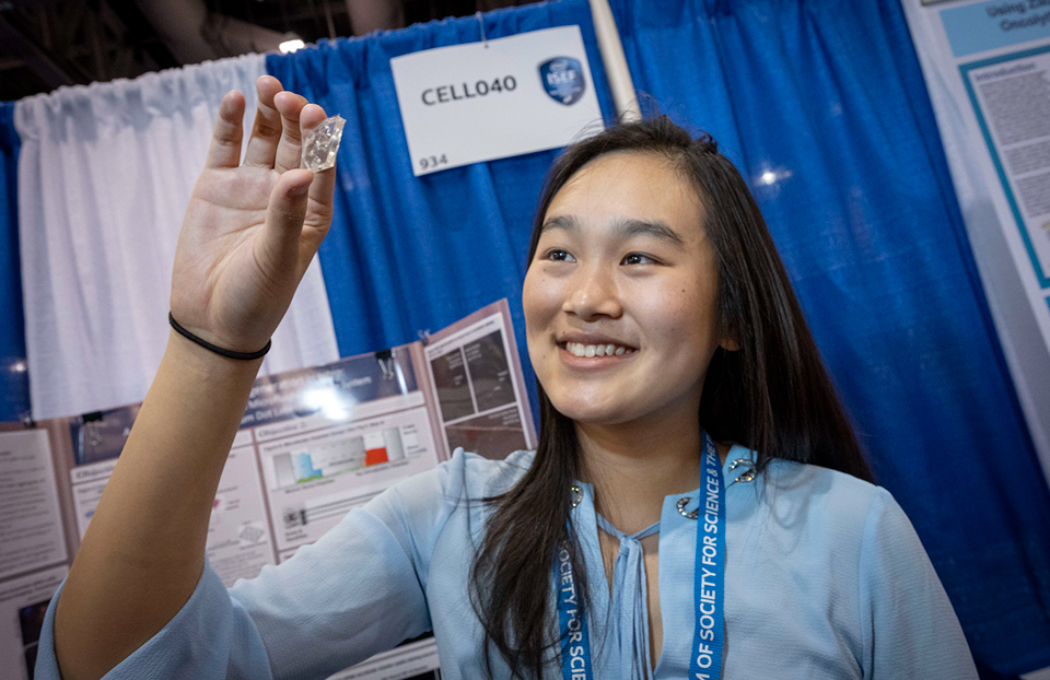 ISEF Category Cellular and Molecular Biology, Allison JIa, USA