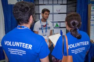 Volunteers inspect finalists project