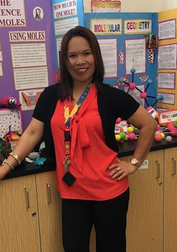 Melba is a chemistry teacher at Bernalillo High School in Rio Rancho, New Mexico.