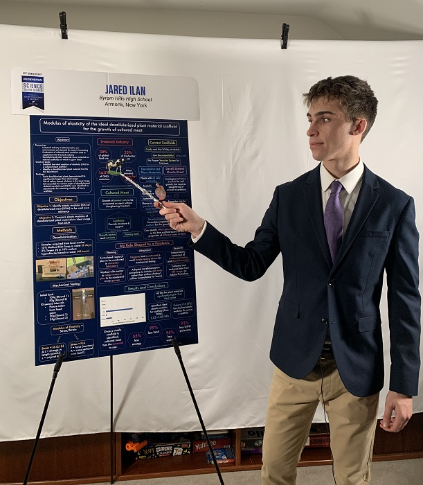STS 2021 finalist Jared Ilan with project board