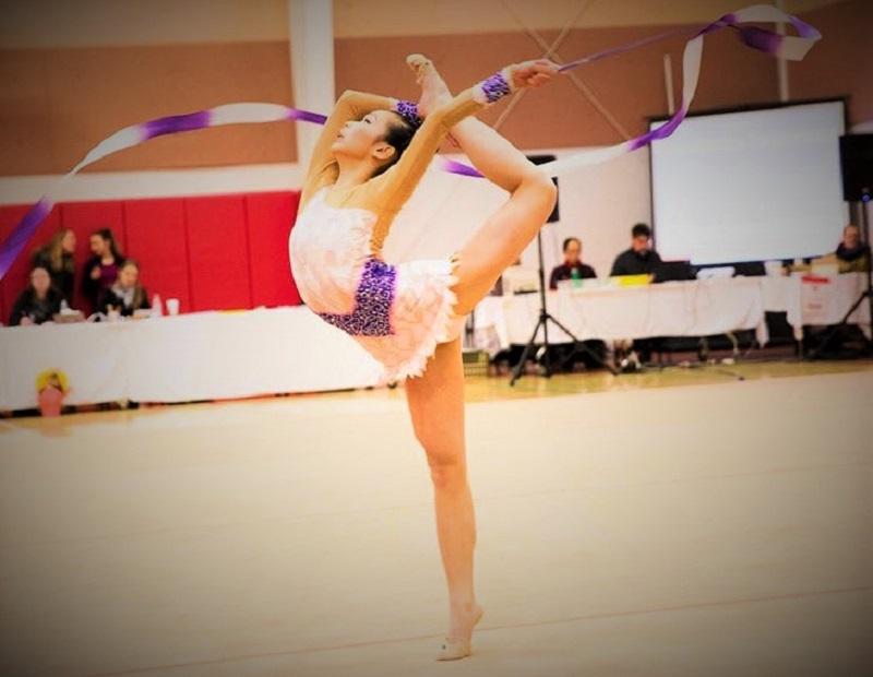 Michelle Hua won the top award in Regeneron ISEF 2021. She is a rhythmic gymnast.